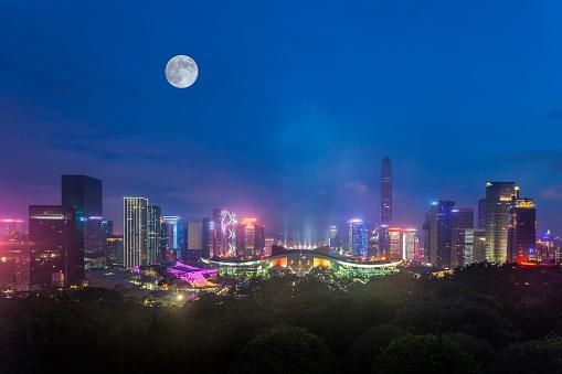 月「Night view of architecture of Shenzhen City,Guangdong Province,China」:スマホ壁紙(2)