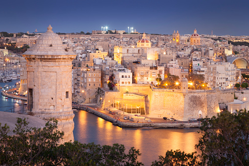 Maltese Islands「Night view of Valletta, Malta」:スマホ壁紙(1)