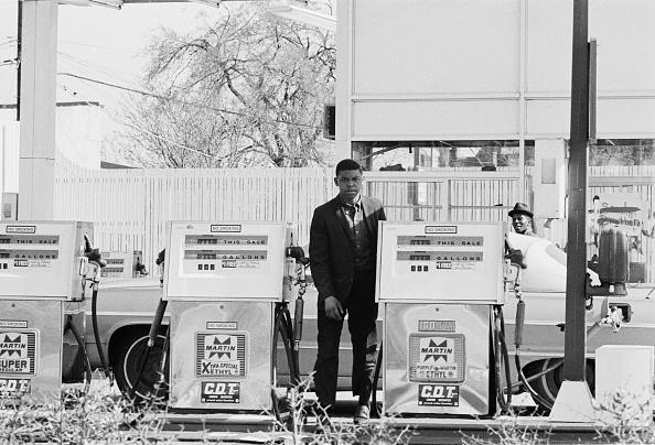 No Smoking Sign「1968 Washington Riots」:写真・画像(9)[壁紙.com]
