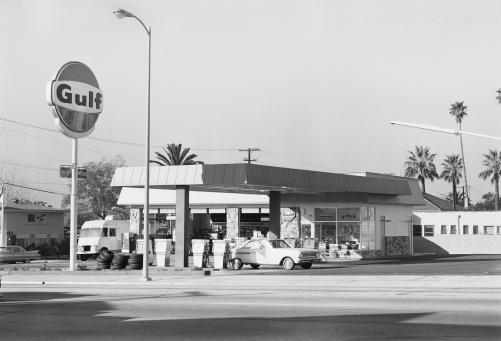 1969「Petrol station」:スマホ壁紙(11)