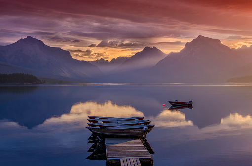 McDonald Lake「Glacier National Park」:スマホ壁紙(16)