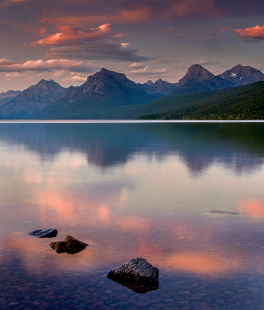 McDonald Lake「Glacier National Park」:スマホ壁紙(9)