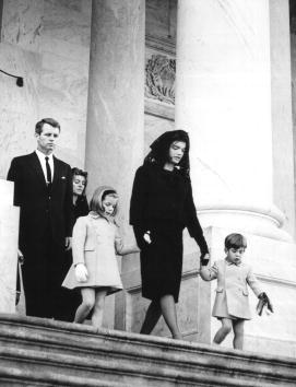 Funeral「JFK Funeral」:写真・画像(19)[壁紙.com]