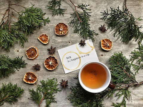 Star Anise「Tea with fir tree branches and dried oranges」:スマホ壁紙(8)