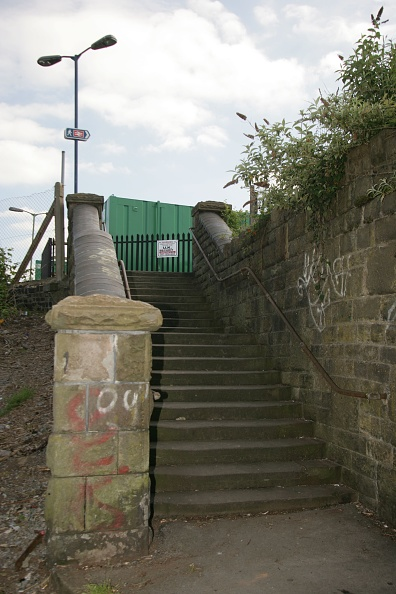 Finance and Economy「Rear access at Stapleton Road station near Bristol. 2007」:写真・画像(11)[壁紙.com]