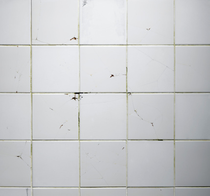 Broken「Texture of the old tile wall with cracks」:スマホ壁紙(7)