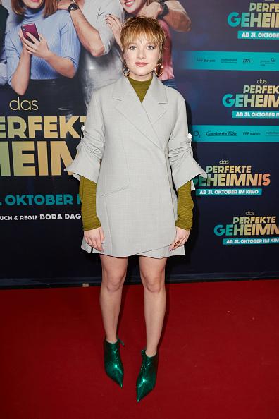 """Long Sleeved「""""Das perfekte Geheimnis"""" Premiere In Berlin」:写真・画像(9)[壁紙.com]"""