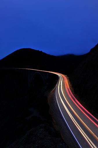 Big Sur「Light streaks on Highway 1」:スマホ壁紙(7)
