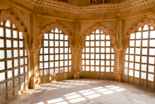 Palace「Light streaming through the windows in Amber Fort」:スマホ壁紙(18)