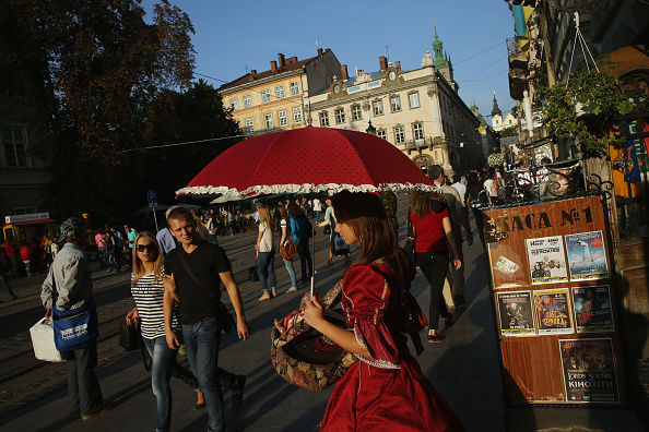 Sean Gallup「Travel Destination: Lviv」:写真・画像(12)[壁紙.com]