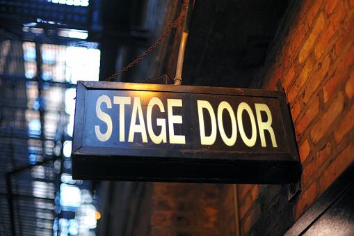 Nightlife「Stage Door Entrance」:スマホ壁紙(17)