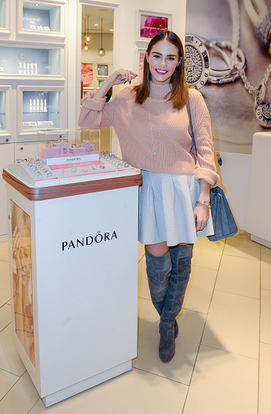 Event「PANDORA Jewellery Hosts In-Store Event With TV Personality, Maripier Morin」:写真・画像(11)[壁紙.com]