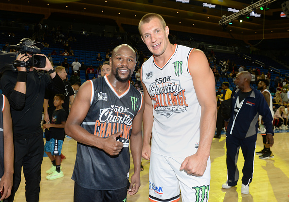 Floyd Mayweather Jr「Monster Energy $50K Charity Challenge Celebrity Basketball Game」:写真・画像(1)[壁紙.com]