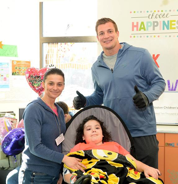 Marcus Camby「Boston Children's Hospital Gronk Nation Thank You」:写真・画像(5)[壁紙.com]