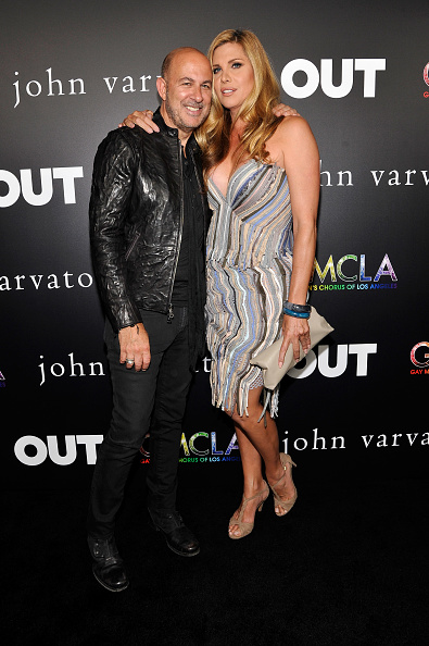 Striped Skirt「John Varvatos + OUT Support The Gay Men's Chorus of LA」:写真・画像(5)[壁紙.com]
