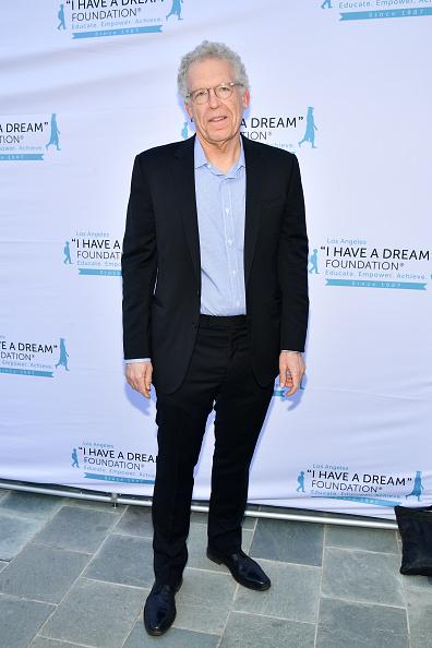 "Black Suit「""I Have A Dream"" Foundation Los Angeles Hosts 6th Annual Dreamer Dinner Benefit」:写真・画像(4)[壁紙.com]"