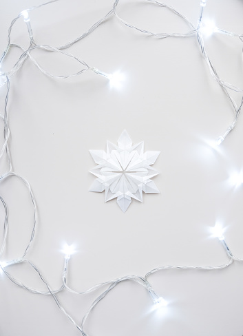 Origami「Origami Snowflake with Christmas lights」:スマホ壁紙(18)