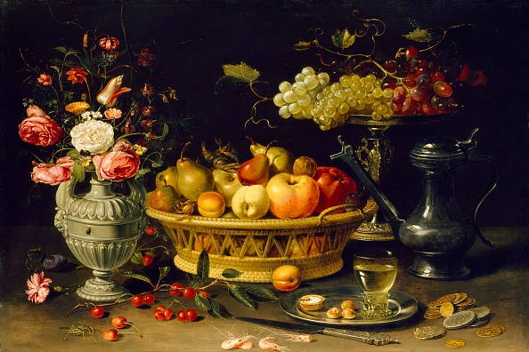 Netherlands「Still Life Of Fruit And Flowers」:写真・画像(4)[壁紙.com]
