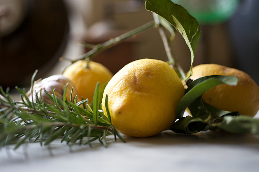Garlic Clove「Still life with lemons, garlic, rosemary on marble surface」:スマホ壁紙(18)