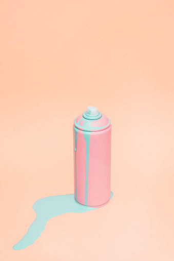Pastel「Still life of pink spray can」:スマホ壁紙(11)