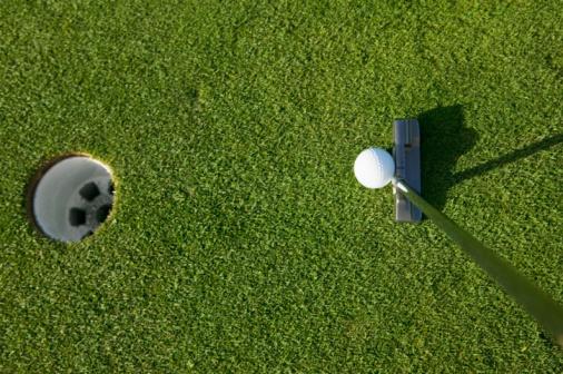 Putting - Golf「still life of golf hole ball and club」:スマホ壁紙(19)