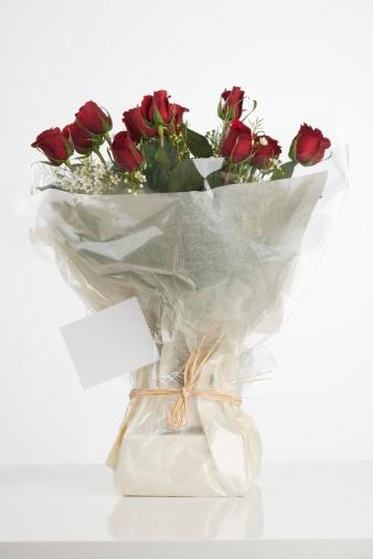 Receiving「Still life of red roses」:スマホ壁紙(19)