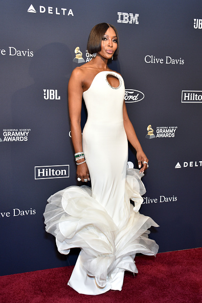"""White Dress「Pre-GRAMMY Gala and GRAMMY Salute to Industry Icons Honoring Sean """"Diddy"""" Combs - Arrivals」:写真・画像(8)[壁紙.com]"""