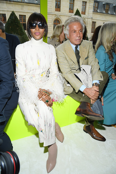 Womenswear「Valentino : Front Row -  Paris Fashion Week - Womenswear Spring Summer 2020」:写真・画像(17)[壁紙.com]