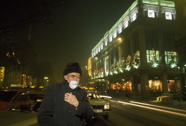 Tom Stoddart Archive「Smoggy Dublin」:写真・画像(17)[壁紙.com]
