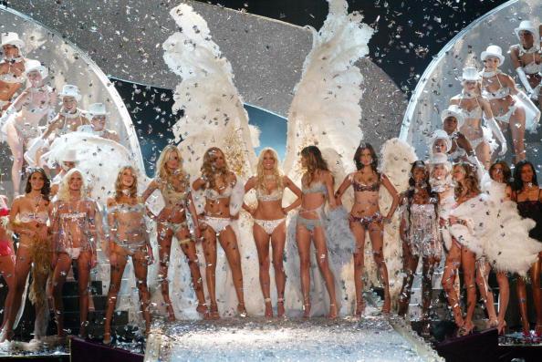 Fashion Show「Supermodels」:写真・画像(19)[壁紙.com]