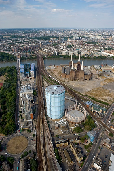 Physical Geography「Battersea Power Station and Gasworks, London, 2006」:写真・画像(18)[壁紙.com]