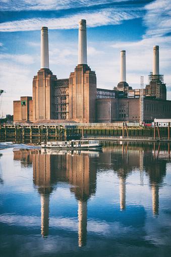 Wandsworth「Battersea Power Station At Dawn」:スマホ壁紙(12)