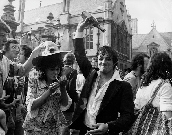Celebration「Oxford Celebrations」:写真・画像(4)[壁紙.com]