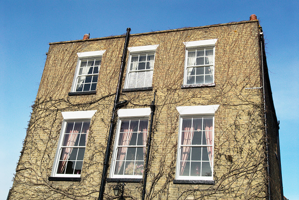 Townhouse「Flat-roof, two-storey Georgian townhouse, Ely, Cambridgeshire, UK」:写真・画像(3)[壁紙.com]