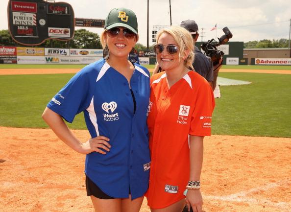 Jamie Lynn Spears「City of Hope Celebrity Softball Game at CMA Festival - Game」:写真・画像(14)[壁紙.com]