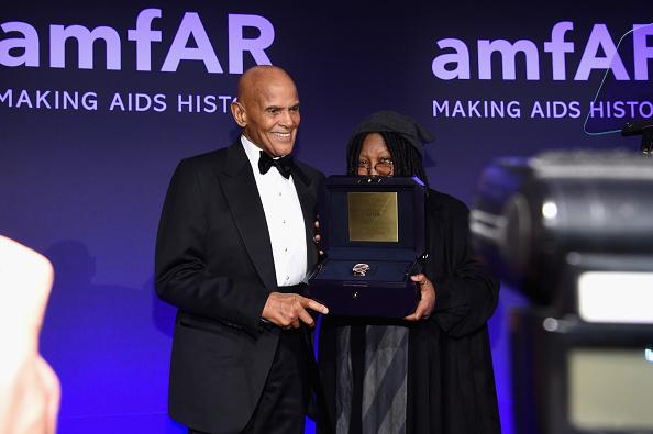 Larry Harry「2015 amfAR New York Gala - Inside」:写真・画像(18)[壁紙.com]
