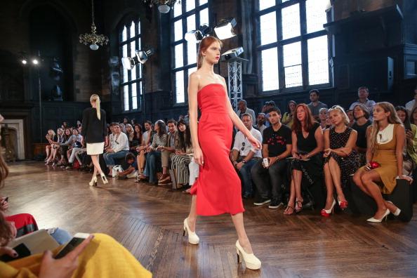 The High Line Hotel「Giulietta - Front Row - Mercedes-Benz Fashion Week Spring 2014」:写真・画像(9)[壁紙.com]