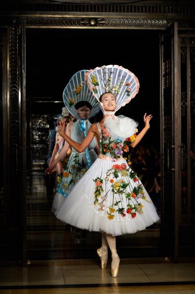 ロンドンファッションウィーク「Pam Hogg - Runway: London Fashion Week SS14」:写真・画像(15)[壁紙.com]