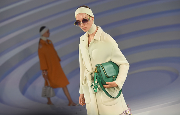 London Fashion Week「Anya Hindmarch - Runway - LFW September 2016」:写真・画像(7)[壁紙.com]