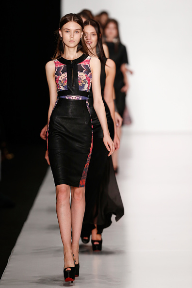 Straight Hair「Tel Aviv Fashion Week Collections : Mercedes-Benz Fashion Week Russia S/S 2014」:写真・画像(5)[壁紙.com]