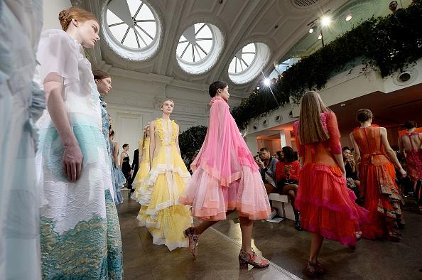 London Fashion Week「Bora Aksu - Runway - LFW September 2016」:写真・画像(13)[壁紙.com]