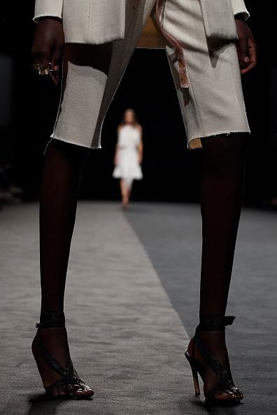 Beige Shorts「Roberto Torretta - Catwalk - Mercedes Benz Fashion Week Madrid Spring/Summer 2020」:写真・画像(12)[壁紙.com]