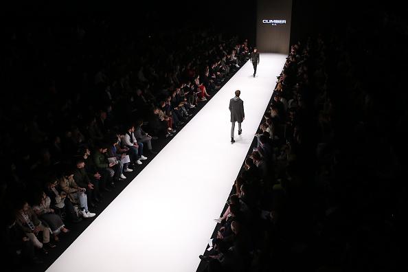 ランウェイ「Climber - Runway - Mercedes-Benz Fashion Week Istanbul - March 2019」:写真・画像(5)[壁紙.com]