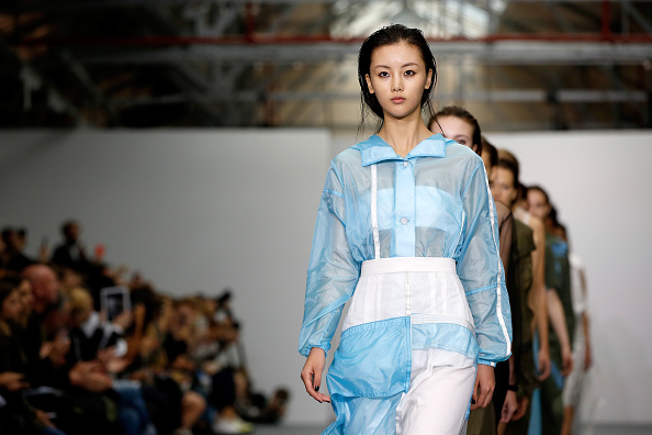 London Fashion Week「Christopher Raeburn - Runway - LFW SS16」:写真・画像(18)[壁紙.com]