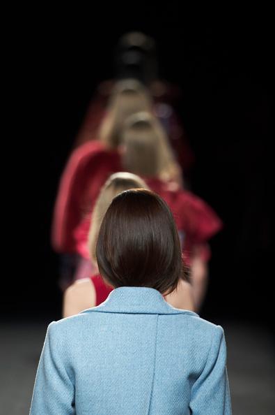 Carlos Alvarez「Menchen Tomas Catwalk - Mercedes Benz Fashion Week Madrid Autumn / Winter 2017」:写真・画像(16)[壁紙.com]
