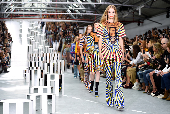 London Fashion Week「Mary Katrantzou - Runway - LFW September 2016」:写真・画像(9)[壁紙.com]
