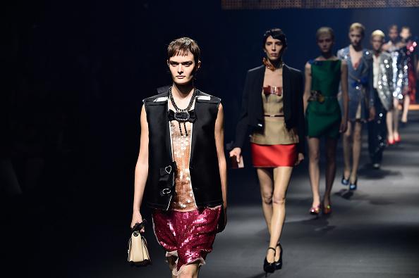 Lanvin「Lanvin : Runway - Paris Fashion Week Womenswear Spring/Summer 2016」:写真・画像(12)[壁紙.com]