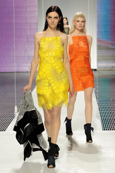 Yellow Dress「Christian Dior Cruise 2015 Show - Runway」:写真・画像(13)[壁紙.com]