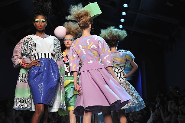 Christian Dior: Runway - Paris Fashion Week Haute Couture F/W 2011/2012:ニュース(壁紙.com)