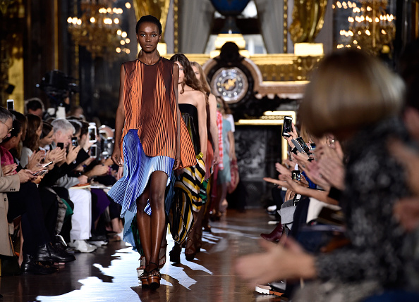 Fashion Collection「Stella McCartney : Runway - Paris Fashion Week Womenswear Spring/Summer 2016」:写真・画像(5)[壁紙.com]